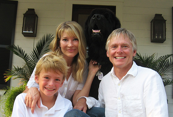 Jeff Efird and family with the family dog